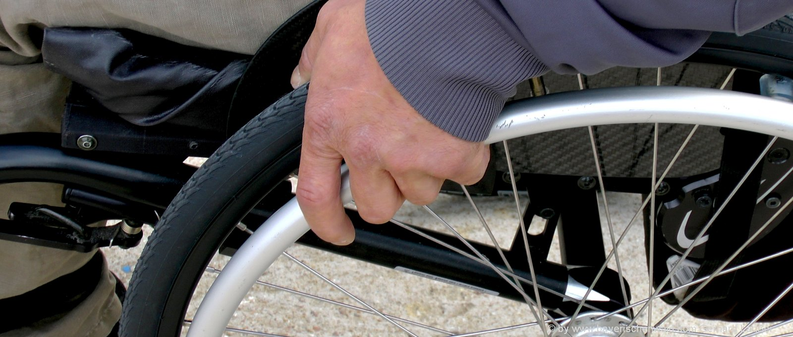 behindertengerechter-urlaub-bayern-barrierefreie-unterkunft-rollstuhlfahrer